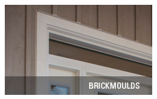 Entrance door brickmoulds